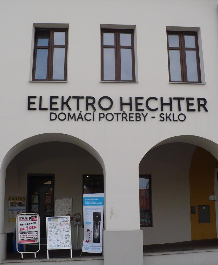 Obchod z pohledu z ulice. Elektro Hechter Klimkovice ... a4d8da956e7
